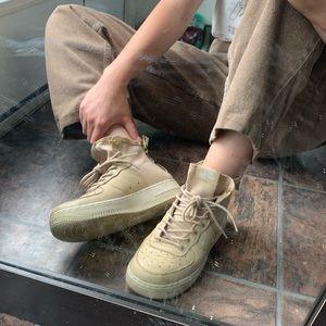 Nike SF AF1 Mid Sneakers
